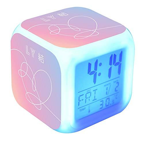 Kingmia Wecker, LED Digital Farbwechsel Wecker 7 Farbige Batterien Betrieben Nachtlicht Alarm(H05)