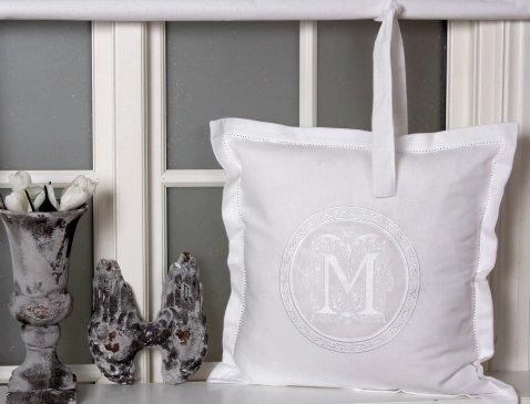 Skandinavisch Französisch Design Kissenbezug Kissenhülle 'Molly' 45x45 cm mit aufgesticktem Monogramm weiß Baumwolle Landhaus Shabby French Vintage Retro Antik Nostalgie