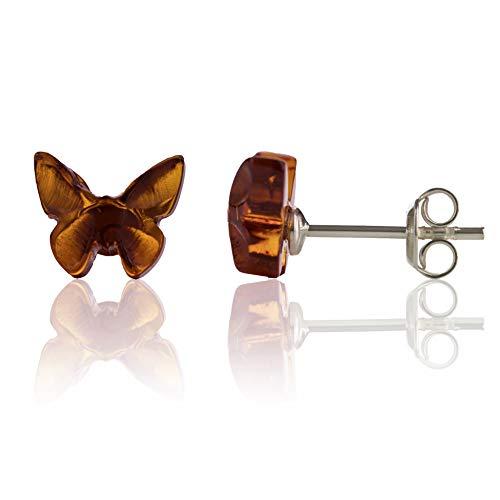 Amber Culture Pendientes de mariposa de ámbar – plata de ley 925 hipoalergénica en una lujosa caja de regalo, tallados en resina natural báltica (coñac)