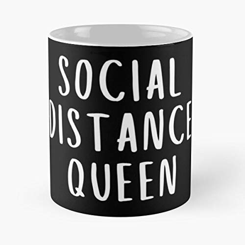 Social Distance Queen - Black White Woman Design Classic Mug Gift The Office 11 Ounces Funny Coffee Mugs