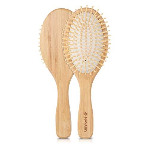 Navaris Bambus Haarbürste Holz Borsten - ovale Naturbürste Paddle Brush mit Massage Noppen für die Kopfhaut - Haar Bürste nachhaltig und vegan