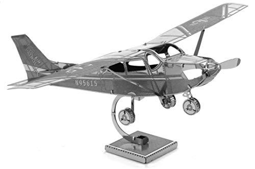 Fascinations Metal Earth MMS045 - 502492, Cessna 172 Skyhawk, Konstruktionsspielzeug, 1 Metallplatine, ab 14 Jahren