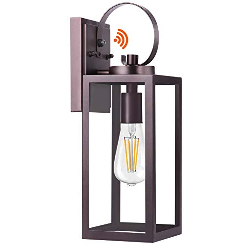 Dusk to Dawn Sensor Outdoor Light Fixtures Wall Mount, Oil Rubbed Bronze Porch Lights, Exterior Wall Lantern Outdoor Lighting, Waterproof Wall Sconce, Anti-Rust Outside Lamp Clear Glass for Garage