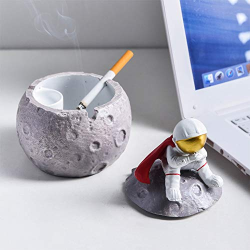ATNR Cenicero de astronauta con tapa, cenicero creativo antimosca para el hogar, lindos ceniceros de astronauta serie Space Dream Cenicero para mujeres y hombres decoración del hogar