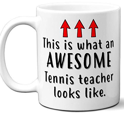 Tennis Teacher Gifts. Funny School Coffee Mug. Het beste cadeau-idee voor professionele instructor leuke cool grappige kaartjes voor mannen, kerstfeesten, examenfeesten en andere gelegenheden. 11 oz.
