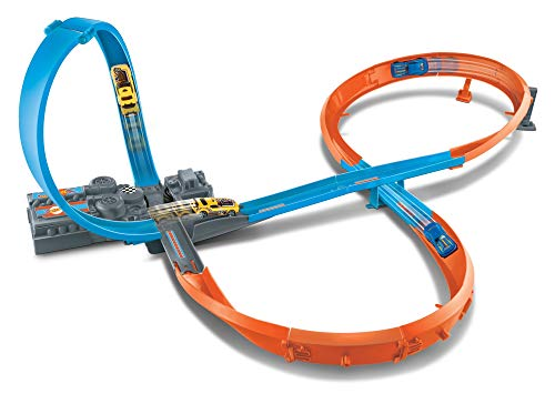 Hot Wheels HW Figure 8 Raceway Trackset incluye 1 DCC (Mattel GGF92)
