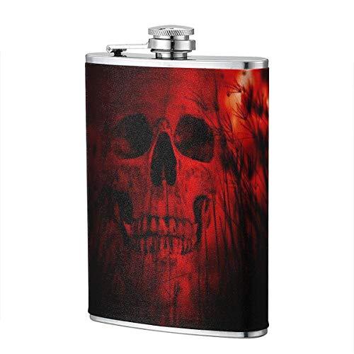 XBYC Trinkflaschen für Alkohol, menschlicher Schädel im Wald, Horror-Hintergrund für Halloween-Konzept und Film 8 Unzen Edelstahl-Flachmann für Alkohol für Männer