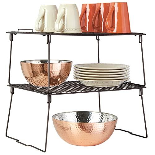 mDesign Juego de 2 estantes apilables para almacenaje de cocina – Repisa metálica de cocina con patas plegables – Moderno organizador de armarios para vajilla, conservas y especias – color bronce