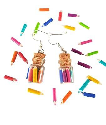 cadeau ecole,boucles d'oreilles crayons de couleur,rigolo,boucles d'oreilles fioles,fioles de crayons,cadeau maitresse