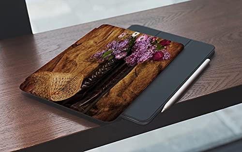MEMETARO Funda para iPad (9,7 Pulgadas 2018/2017 Modelo), Country Western Rustic Vintage Western Botas con Flores Smart Leather Stand Cover with Auto Wake/Sleep