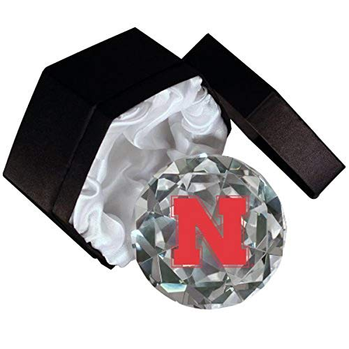Sports Collector's Guild NCAA Universität Nebraska Cornhuskers Logo auf einem 4-Zoll hohe Brillance Diamantschliff Kristall Briefbeschwerer