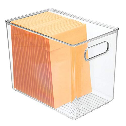 mDesign Caja organizadora con asas para material de oficina – Caja de plástico transparente para el armario o el cajón – Organizador de escritorio para sobres, bolígrafos, etc. – transparente