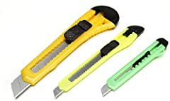"""RETRACTABLE KNIFE SET – This retractable knife set includes three knives in assorted sizes and colors. Sizes include: 0.75"""" x 5"""" with 9mm blade, 0.625"""" x 5.25"""" with 9mm blade and 1.5"""" x 6"""" with 18mm blade. FOR A VARIETY OF USES – This craft knife can..."""