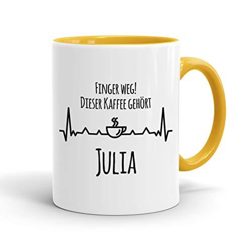 True Statements Tasse Finger weg Dieser Kaffee gehört Wunschname personalisiert - personalisierte Kaffeetasse mit Wunsch-Name ? spülmaschinenfest ? tolles Geschenk zu Weihnachten, innen gold gelb
