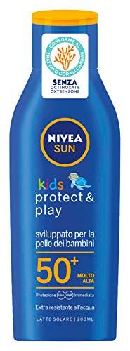 NIVEA SUN Crema Solare Kids Protect & Play FP50+ in flacone da 200 ml, Protezione solare per bambini resistente all acqua, Crema corpo bambini