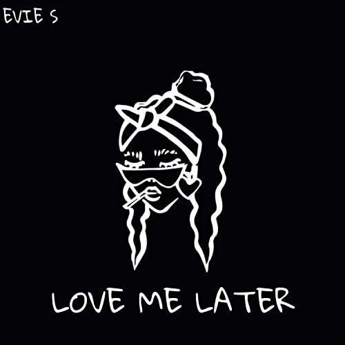 Evie S