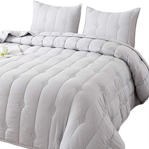 Ethan Comforter, Quilt, Stone Washed Microfiber 3-Piece Set Quilt, Allover Stitching and Embroidery, King, Queen and Twin Set in Solid Colors, Good for All Seasons. (Light Grey, Queen Set)