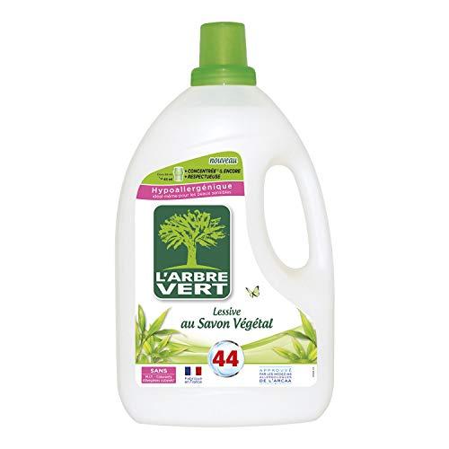 L'ARBRE VERT - Lessive Liquide au Savon Végétal - Hypoallergénique - Sans allergènes - 44 lavages - 2 L - Certifiée Écolabel Européen - Approuvée par les médecins allergologues de l'ARCAA