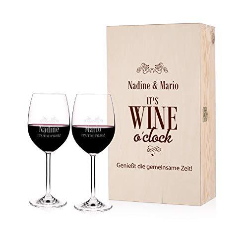 Leonardo 2 Weingläser mit Gravur It´s Wine o´clock in personalisierter Geschenkbox aus Holz ideal als Hochzeitsgeschenk, Geburtstagsgeschenk oder Valentinstagsgeschenk