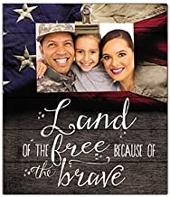 """Kindred Hearts 12""""x13.5"""" Land of The Free Flag Clip It Pallet Board Wall Art"""