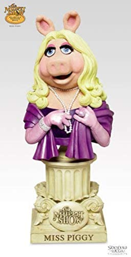 Miss Piggy Muppet Show Bust from Sideshow Toy by Sideshow
