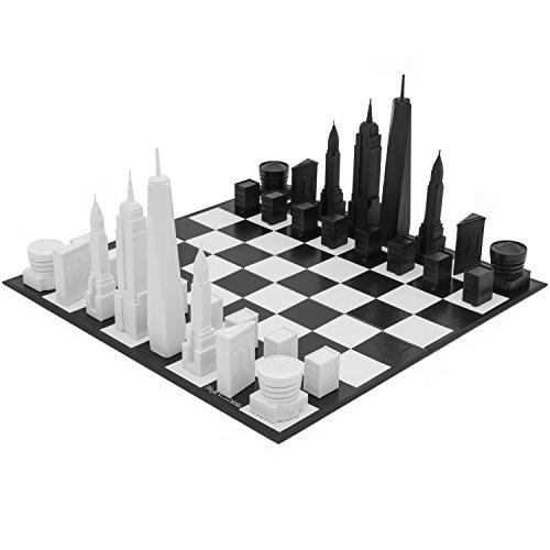 Skyline The New York Chess Set