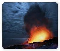 火山マウスパッド通気して傷を防ぐ、夜の爆発溶岩劇的な風景危険な自然活動、標準サイズの長方形滑り止めゴムマウスパッド通気して傷を防ぐ、ガソリンブルーイエロースカーレット