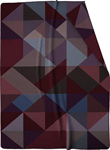 biederlack® Flauschige Kuschel-Decke Purple Geometric I Wohndecke mit violettem Dreieck-Muster I Made in Germany I Öko-Tex Made in Green I extra-weiche Sofa-Decke aus Baumwolle in 150x200 cm