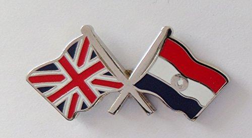1000 drapeaux du Paraguay et drapeau du Royaume-Uni