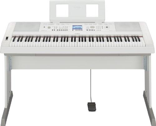 Yamaha DGX650B Pianoforte Digitale, 88 Tasti, Nero Satinato