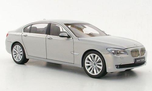 BMW 750 Li (F02), met.-grau, Modellauto, Fertigmodell, Kyosho 1:18