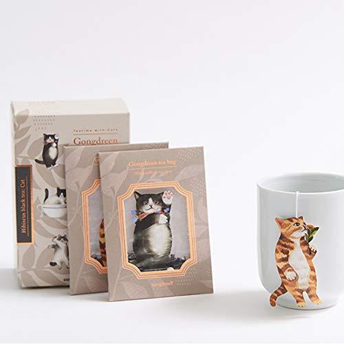 韓国人デザイナーが手がけるブランド【Gongdreen (ゴンドリーン)】のティーバッグは、とってもキュートな猫のタグ付き。カップからぶら下がった姿が愛嬌たっぷりです。