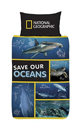 National Geographic Kids Bedding, Save Our Ocean Reversible Single & Double Duvet Cover Made From Recycled Plastic Bottles, Sea Life Animals Underwater Creatures Bed Set Includes Pillow Case (Single)