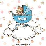 Baby Fotoalbum: Baby Fotobuch und Fotoalbum / Das erste Jahr / Geschenk zur Schwangerschaft und Geburt / mit Baby und blauen Kinderwagen auf dem Cover