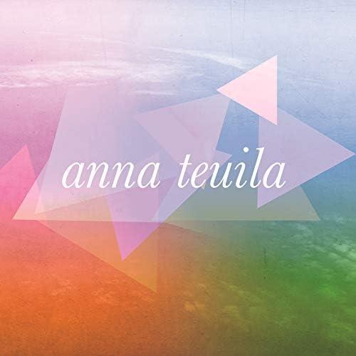 Anna Teuila