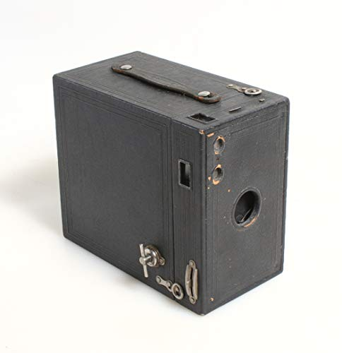 Check Out This ART DECO BOX CAMERA
