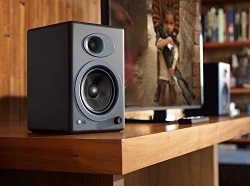 Audioengine A5+ Classic 150W Altavoces de estantería/Amplificador Analógico Incorporado/Control Remoto/Entradas RCA y 3.5mm. / Cables Incluidos (Negro)