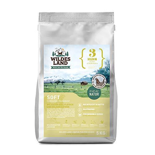 Wildes Land | Halbfeuchtes Trockenfutter für Hunde | Soft mit Reis und Wildkräutern | Glutenfrei | Extra viel Fleisch | Für alle Hunderassen | Beste Akzeptanz (Huhn, 15 kg)