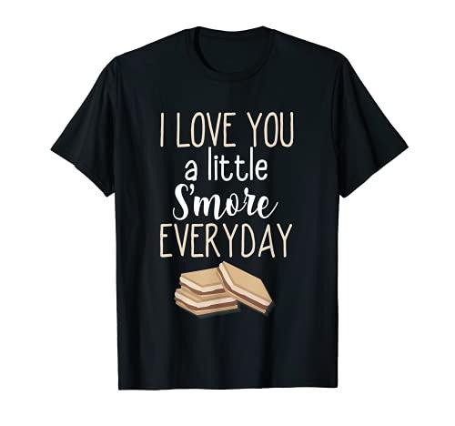 I Love You A Little S'More Cada Día Palabra Pun Campfire Camiseta