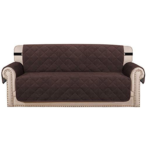 Sofabezug Gesteppt Dicker Samt Plüsch Couchbezug für 3 Kissen Sofa Schonbezug Schutz vor Haustieren Hunden, Rutschfeste Zwei Gummibänder auf Rücken und Boden (3-Sitzer, Braun)
