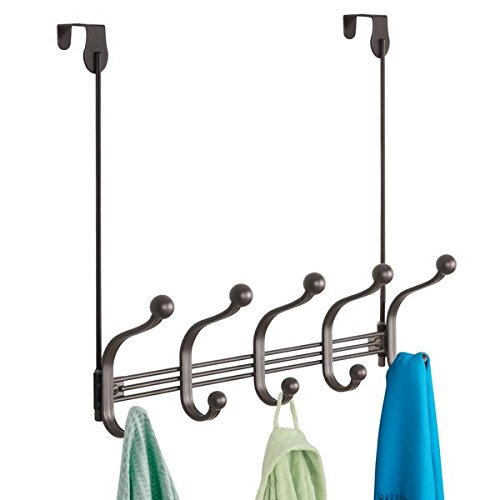 mDesign perchero de puerta - 5 ganchos dobles - Práctico colgador de ropa para entrada o baño - Perchero sin taladro para abrigos y chaquetas o como toallero - De aluminio en color bronce