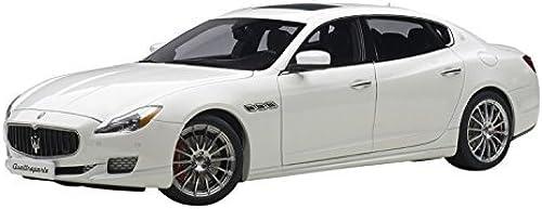 despacho de tienda 2015 Maserati Quattroporte GTS Alpi blanco blanco blanco 1 18 by AutoArt 75808 by Maserati  barato y de moda