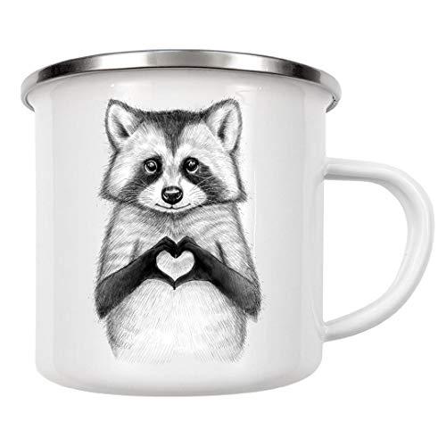 artboxONE Emaille Tasse Raccoon with Heart von Nikita Korenkov - Emaille Becher Für Kinder