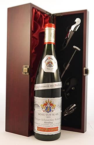 Urziger Schwarzlay Kabinett 1991 Joseph Friederich en una caja de regalo forrada de seda con cuatro accesorios de vino, 1 x 750ml