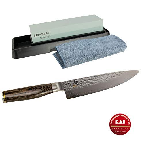 Kai Shun Premier Tim Mälzer TDM-1706 - Juego de cuchillos de cocina japoneses ultraafilados de 32 capas (acero de Damasco + piedra de afilar Kai, AP-0305, incluye gamuza de limpieza