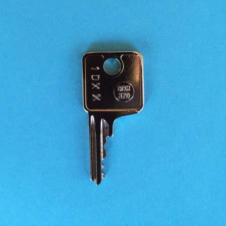 Llave de repuesto para los enganches de remolque Thule y Brink. El código de la llave va del 1D01 al 1D57. Llave 1D - código 10