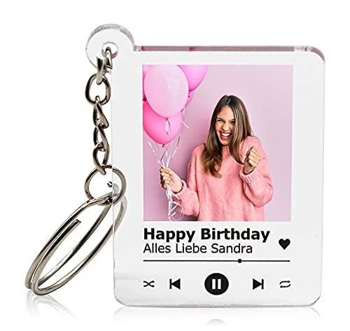 GRAVURZEILE Schlüsselanhänger Song Cover Glas Bild mit Foto - Paar Geschenk für Sie & Ihn - Personalisiertes Geschenk - Fotogeschenk - Maße: 4,5 x 5,0...