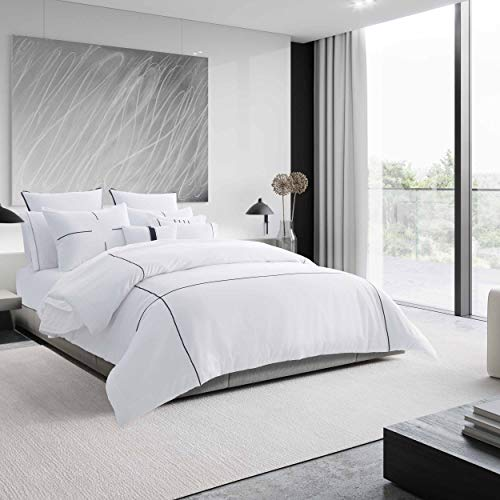 Vera Wang | Zig Zag Collection | 100% Cotton Soft, Smooth, and Silky Sateen, 3-Piece Duvet Cover Set, Minimalistic and Modern Style for Bedroom Décor, Queen, White
