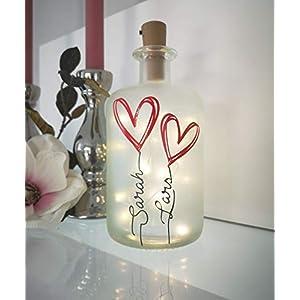 AScreativ Dekoflasche mit Beleuchtung – Namen und Herzen LED Leuchte Leuchtflasche Bottlelight Lichterkette Geschenk…