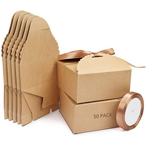 Belle Vous Geschenkbox 50 Braune Geschenkboxen aus Kraftpapier (inkl. Satin Band 5m) 12x 12x 6cm Box Set Schachteln Geschenkkarton, Gastgeschenke, Geburtstag, Taufe, Hochzeit, Schmuck, Adventskalender